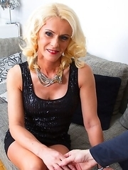Naughty housewife fooling around in pov style