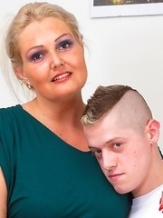 Tall BBW playing with her younger lover