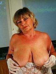 suck on my big mature titties please