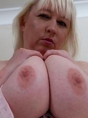 big mature titties on this full lady